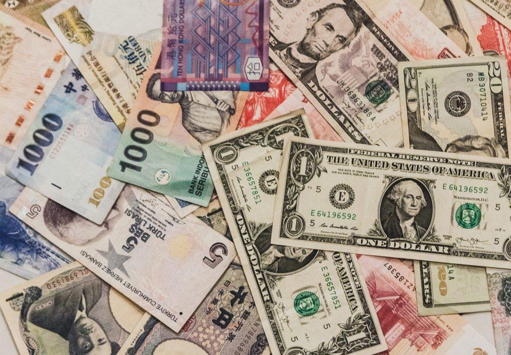 お金の話題
